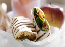 Chunky hummus, roasted red pepper and spinach wrap