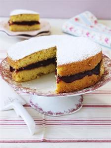 victoria sponge - on cake platter